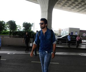 Sonu Sood spotted at airport