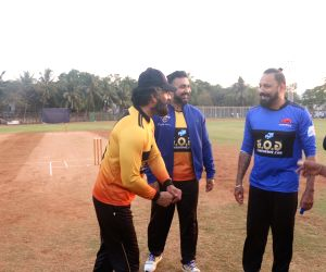 Raj Kundra Foundation hosts celebrity cricket match - Rohit Roy, Jay Bhanushali, Raj Kundra, Sunil Shetty
