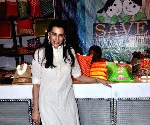 Celebrities attends Mana Shetty's Araaish exhibition