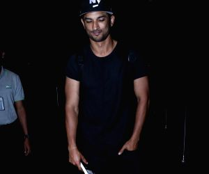Sushant Singh Rajput seen at airport