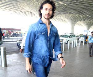 Tiger Shroff spotted at Airport in Mumbai