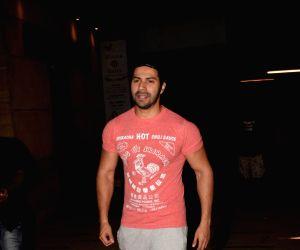 Varun Dhawan seen at Gym Juhu