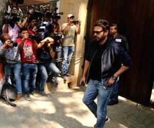 Venkatesh Daggubati arrive to stand by grief struck Kapoor family