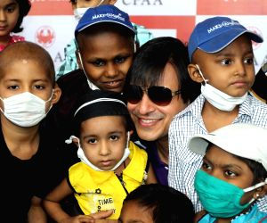 Actor Vivek Oberoi celebrates Diwali with children suffering from cancer