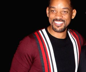 Will Smith, family reunite for Italian Getaway