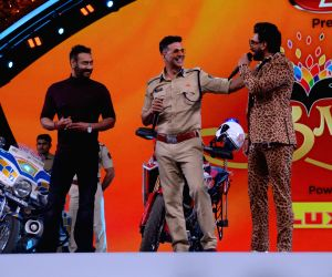 Celebs at Umang Awards 2019