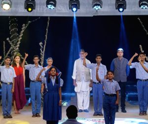"Rashtriya Swachhta Diwas"" - Alia Bhatt, Jaya Bachchan and Amitabh Bachchan"