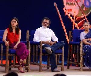 """Rashtriya Swachhta Diwas"""" - Alia Bhatt, Jaya Bachchan and Rakesh Omprakash Mehra"""