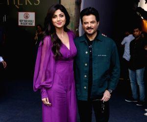 "Anil Kapoor, Shilpa Shetty on the sets of Farah Khan's chat show ""Backbenchers"