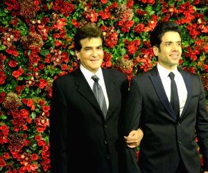 Ranveer-Deepika's wedding reception - Jeetendra and Tusshar Kapoor