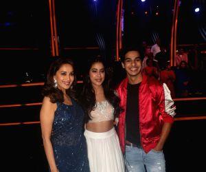 "Dance Deewane"" show - Madhuri Dixit Nene, Janhvi Kapoor and  Ishaan Khatter"