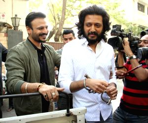 Promotion of film Bank Chor
