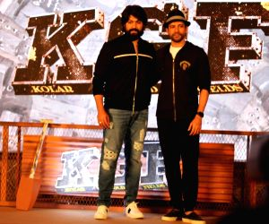 """Actors Yash and Farhan Akhtar at the trailer launch of upcoming film """"K.G.F"""" in Mumbai, on Dec 5, 2018."""