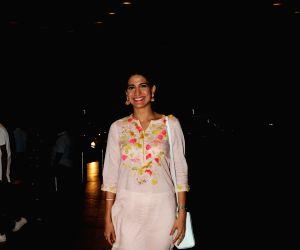 Aahana Kumra seen at Mumbai airport