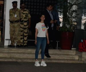 Alia Bhatt at airport
