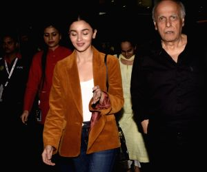 Alia and Mahesh Bhatt seen at Mumbai airport