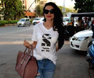 Ameesha Patel seen outside a Juhu salon