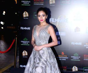 Filmfare Glamour And Style Awards 2019 - Amruta Khanvilkar