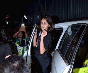 Chunky Pandey, Ananya Pandey, Shanaya Kapoor seen at Juhu