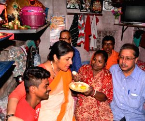 Locket Chatterjee visits Mamata Banerjee's constituency