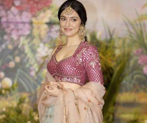 Sonam Kapoor and Anand Ahuja's wedding reception - Divya Khosla Kumar