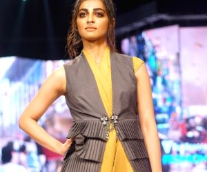 Van Heusen + GQ Fashion Nights 2017 - Radhika Apte