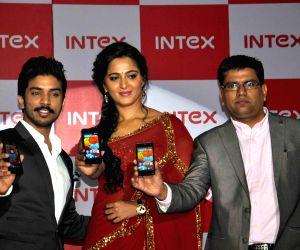 Launch of new Intex smartphone Aqua