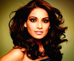 Bipasha Basu shares an emotional post on 18 years in Bollywood: Achieved all on my terms