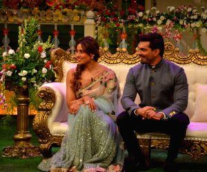 Bipasha Basu, Karan Grover on sets of The Kapil Sharma Show