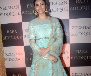 Baba Siddique's iftar party - Daisy Shah