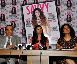 Daisy Shah unveils Society magazine May 2016 issue