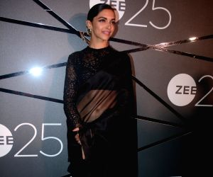 Deepika Padukone at Zee silver jubilee celebrations