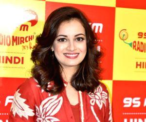 Dia Mirza launches Mirchi 95 radio station