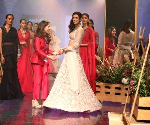 Lakme Fashion Week Winter/Festive 2019 - Diana Penty walks for Ridhi Mehra