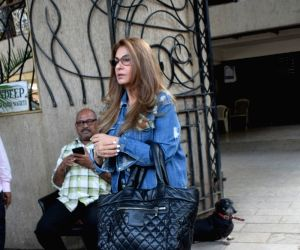 Dimple Kapadia seen at juhu
