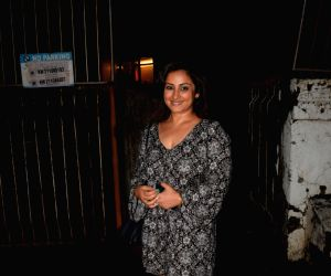 Divya Dutta seen at Mumbai's Juhu