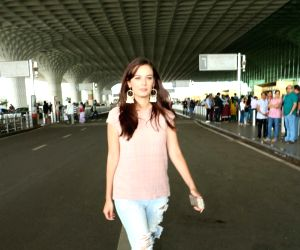 Evelyn Sharma spotted at airport