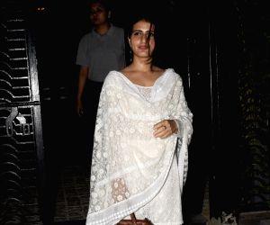 Pooja Hegde, Fatima Sana Shaikh seen at Bandra