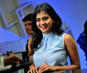 Hebba Patel Actress Photos Stills