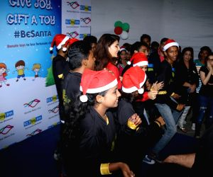 Jacqueline Fernandez celebrates Christmas with Angel Xpress Foundation