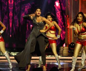 Dishoom show on the sets of India's Got Talent 7 final