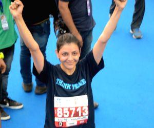 Mumbai Marathon 2018 - Mandira Bedi, Kajal Aggarwal