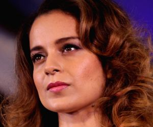 Kangana's 'Manikarnika...' to clash with Hrithik's 'Super 30'