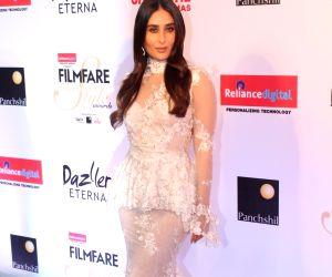 "Filmfare Glamour & Style Awards 2017"" - Kareena Kapoor Khan"