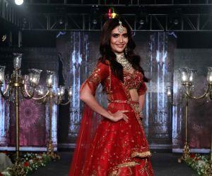 Wedding Junction Show - Karishma Tanna