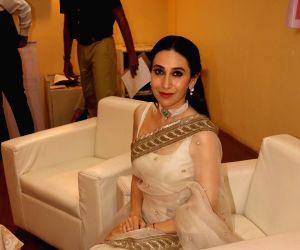 "Extraordinary Women Award"" - Karisma Kapoor"