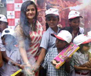 Koneenica Banerjee celebrates Diwali with children