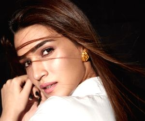 Kriti Sanon: I am very critical of my performances