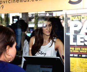 "Kriti Sanon visits a cinema hall screening ""Luka Chuppi"