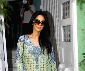 Mallika Sherawat spotted in Bandra